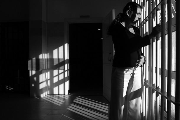 Pregnant prisoner breast milk assault